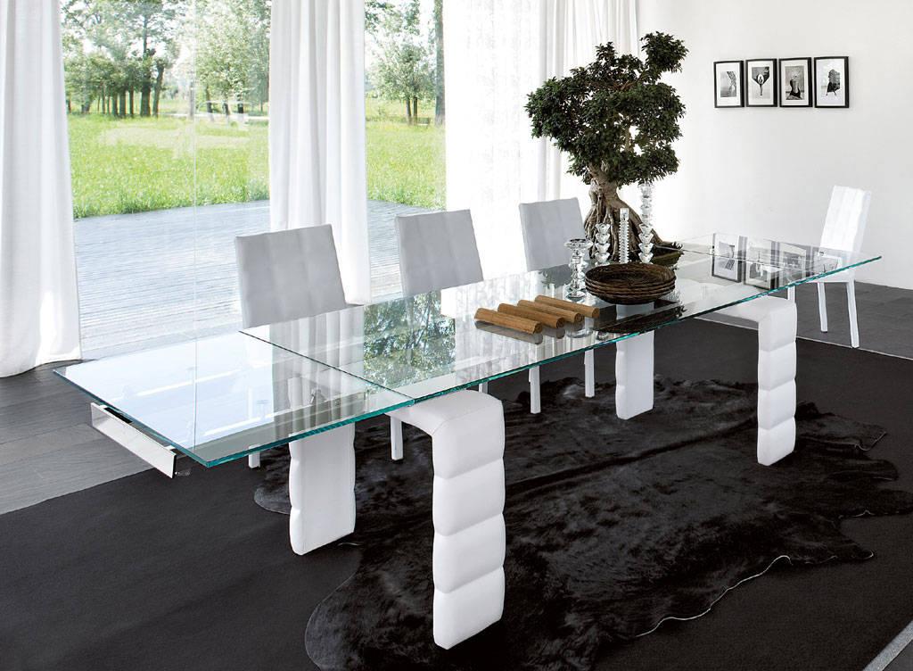 Praticit e stile il tavolo di cristallo allungabile for Tavolo di cristallo