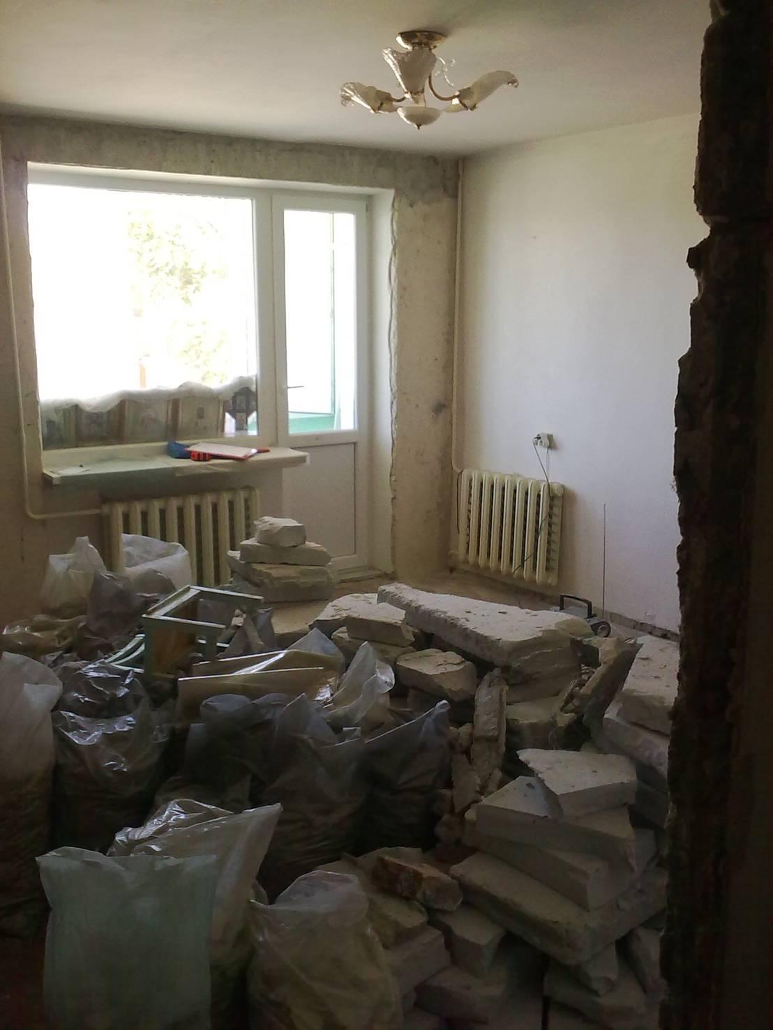 vorher nachher von der abrissreifen wohnung zum schicken studio. Black Bedroom Furniture Sets. Home Design Ideas