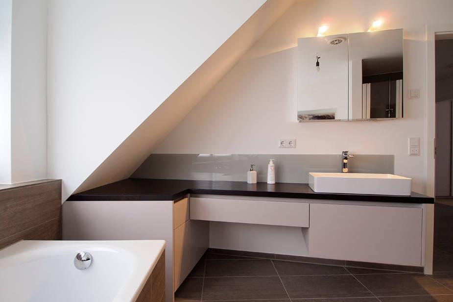 So macht ihr aus einem alten Dachboden ein tolles Bad