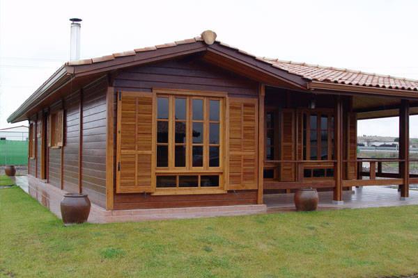 7 casas de madera de una y dos plantas al alcance de todos - Casas de madera de dos plantas ...