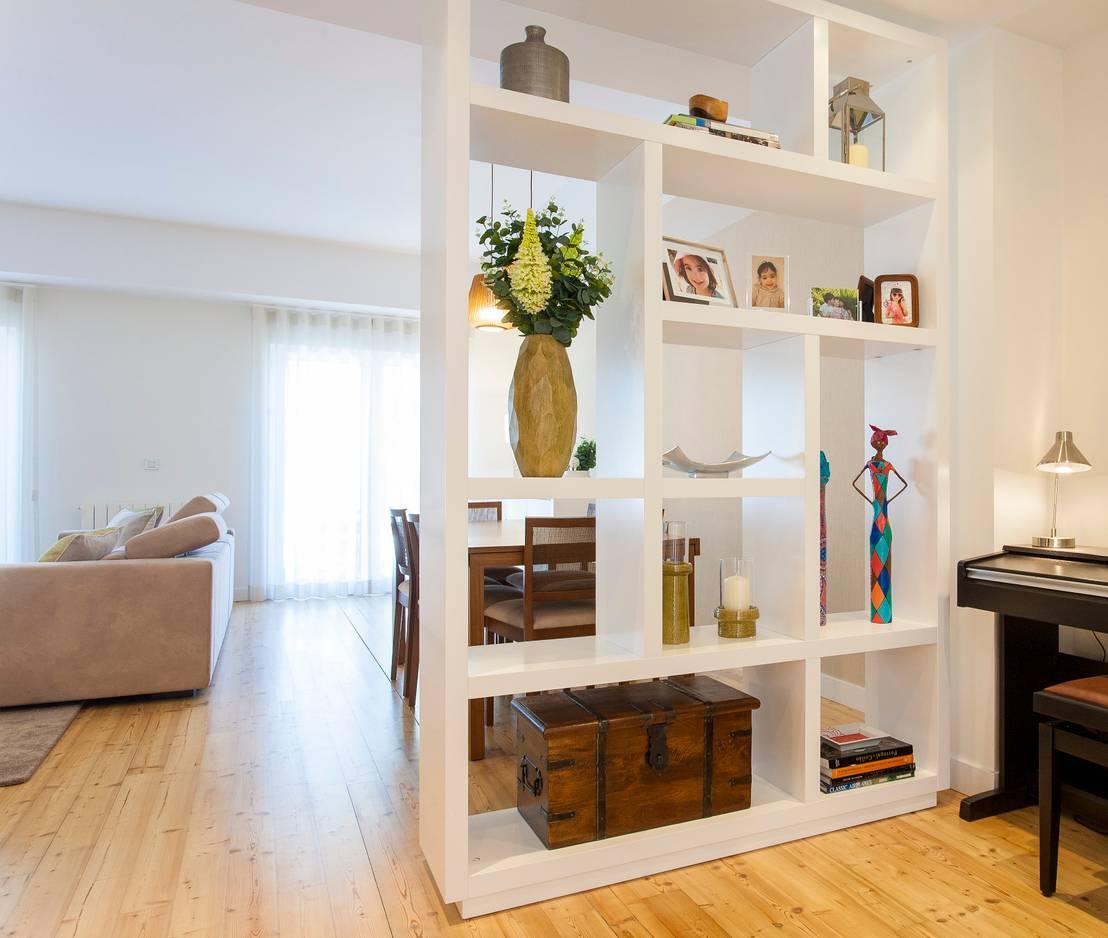 The best way to divide the living room from the entrance - Estanterias separadoras de ambientes ...