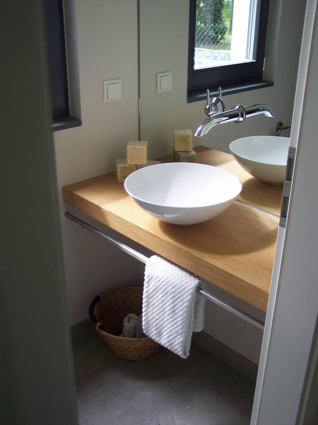g ste wc por design homify. Black Bedroom Furniture Sets. Home Design Ideas