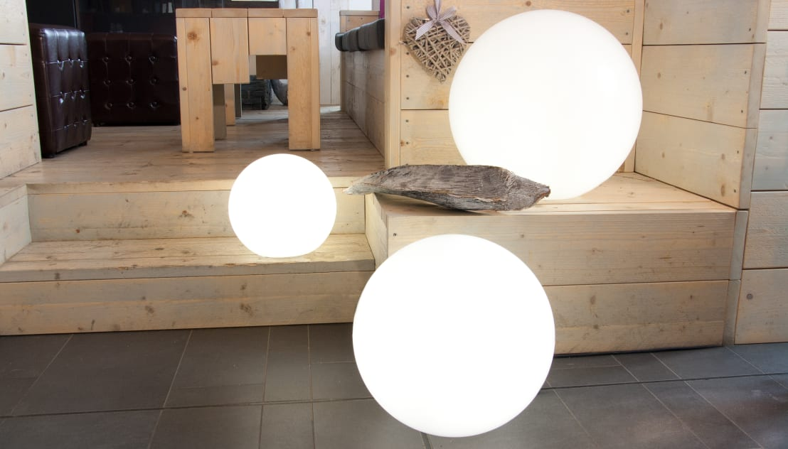 shining globe von 8 seasons design gmbh homify. Black Bedroom Furniture Sets. Home Design Ideas
