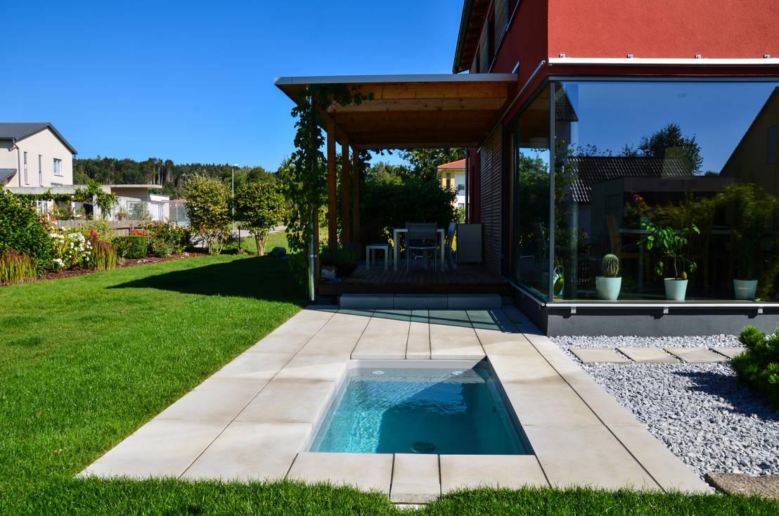 Kleiner pool im garten m belideen for Kleiner pool