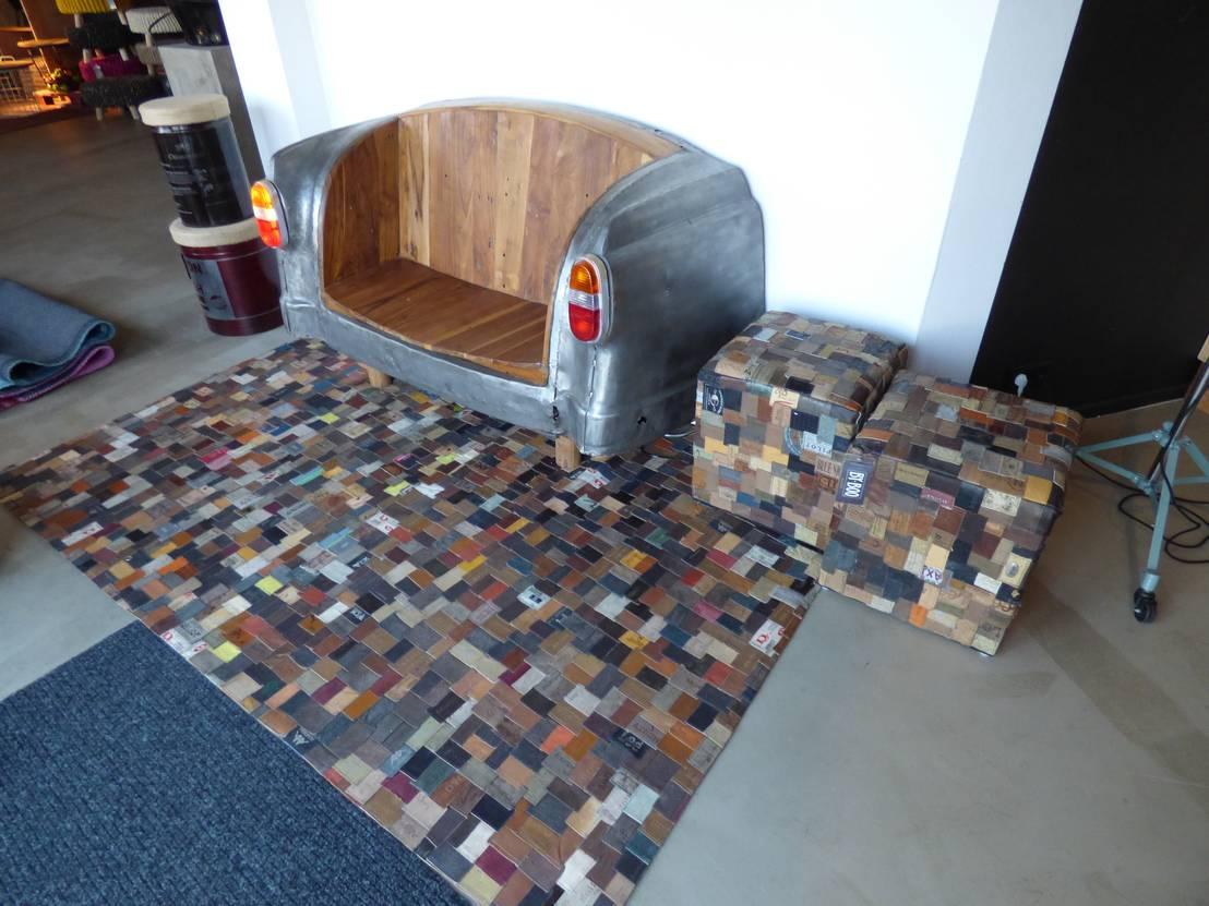 ausgefallener teppich jeans label teppich unikat handarbeit de m bel agentur favola lifestyle. Black Bedroom Furniture Sets. Home Design Ideas