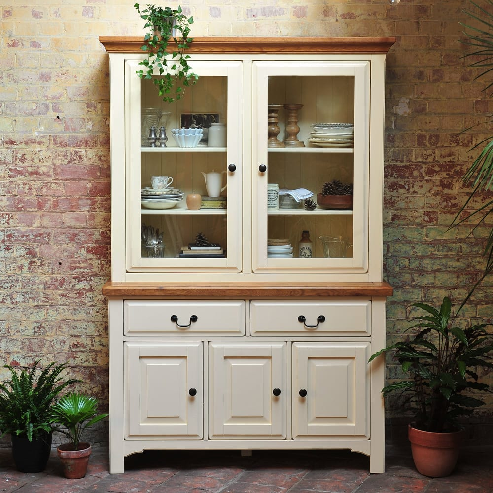 Country dining room photos: westbury painted kitchen dresser | homify
