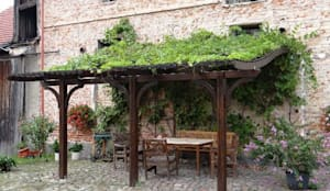 Garden by EcoCurves - Bespoke Glulam Timber Arches