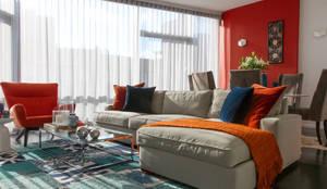 غرفة المعيشة تنفيذ Bhavin Taylor Design