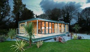 Casas de estilo moderno por Boutique Modern Ltd