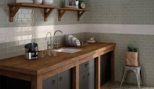 Cozinhas rústicas por Equipe Ceramicas