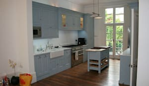 Notting Hill Apartment:  Kitchen by 4D Studio Architects and Interior Designers
