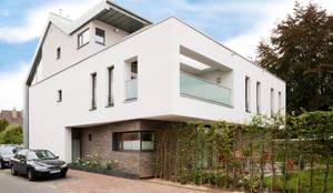 Einfamilienhaus Pulheim: moderne Häuser von Scheumar Baumanufaktur