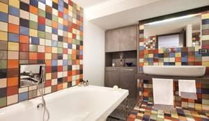 industrial Bathroom by vemworks