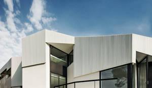 mediterrane Häuser von MIRAG Arquitectura i Gestió
