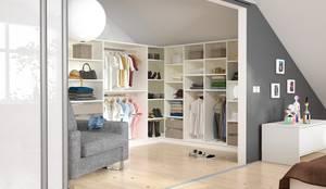 Ruang Ganti by deinSchrank.de GmbH