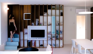 Salas / recibidores de estilo moderno por Angeli - Brucoli Architetti