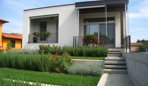 Projekty, nowoczesne Domy zaprojektowane przez Nico Papalia Architect