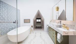 حمام تنفيذ Roselind Wilson Design