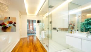 colonial Bathroom by Design Intervention