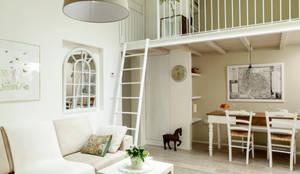 Salas de estar clássicas por Tommaso Bettini Architetto