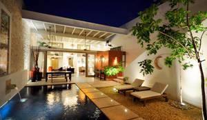 La casa de las Sirenas (Patio): Jardines de estilo moderno por Ancona + Ancona Arquitectos
