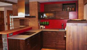 Cocinas de estilo rústico por Architetto Stefania Colturi