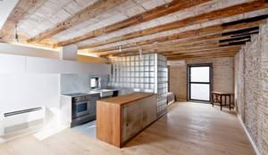 mediterranean Kitchen by Alex Gasca, architects.