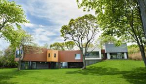 modern Houses by Labo Design Studio