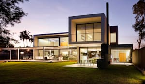 modern Houses by sanahuja&partners