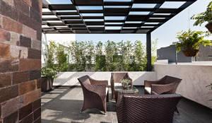 Terrace by Arq. Bernardo Hinojosa