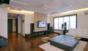 Enormous Living: minimalistic Walls & floors by The Ashleys
