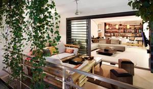 CASA DALANZA: Terrazas de estilo  de FANSTUDIO__Architecture & Design