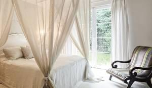 AK Design Studio – KANDILLI: eklektik tarz tarz Yatak Odası