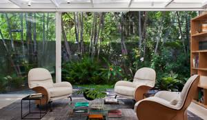 modern Study/office by Gisele Taranto Arquitetura