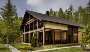 Projekty, minimalistyczne Domy zaprojektowane przez FullHouseDesign