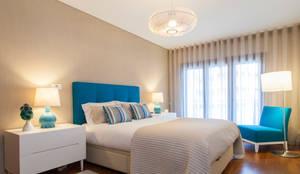 Suite : Quartos modernos por Traço Magenta - Design de Interiores