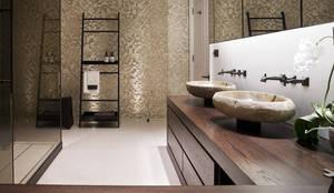 moderne Badkamer door Alessandro Isola Ltd