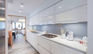 Cuisine de style de style Moderne par Emanuela Gallerani Architetto