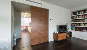 Salas / recibidores de estilo moderno por Standal