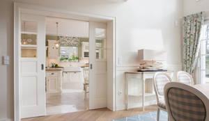 کھانے کا کمرہ by Beinder Schreinerei & Wohndesign GmbH