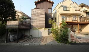 Nhà by 新井アトリエ一級建築士事務所
