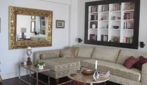 Salas de estilo mediterraneo por İdea Mimarlık