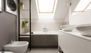 Baños de estilo minimalista por stabrawa.pl