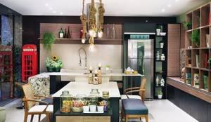 COZINHA DA FAMÍLIA: Cozinhas  por Adriana Scartaris: Design e Interiores em São Paulo