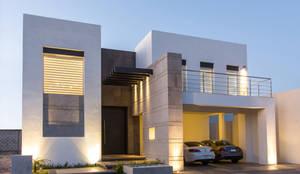 Projekty,  Domy zaprojektowane przez Grupo Arsciniest,