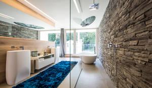 浴室 by ARKITURA GmbH