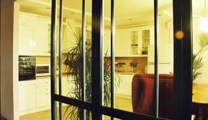 Частный дом 3: Кухни в . Автор – Архитектор Владимир Калашников
