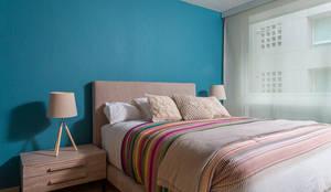 Dormitorios de estilo moderno de MARIANGEL COGHLAN