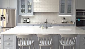 Our Classic Range Kitchen in a Richmond Home:  Kitchen by Simon Benjamin Furniture