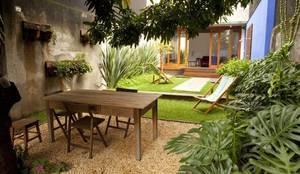 Projekty,  Ogród zaprojektowane przez Ana Sawaia Arquitetura